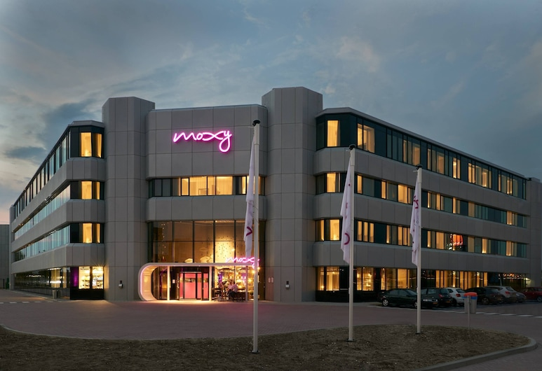 Moxy Amsterdam Schiphol Airport, Hoofddorp