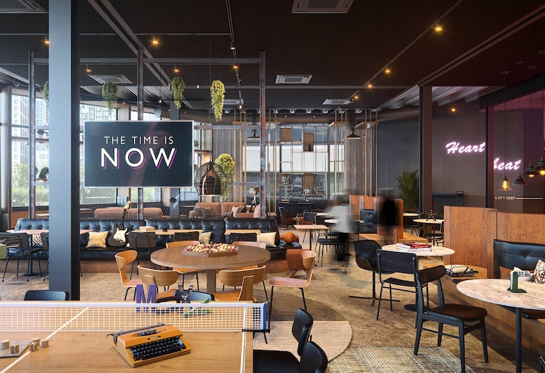Moxy Amsterdam Schiphol Airport, Hoofddorp