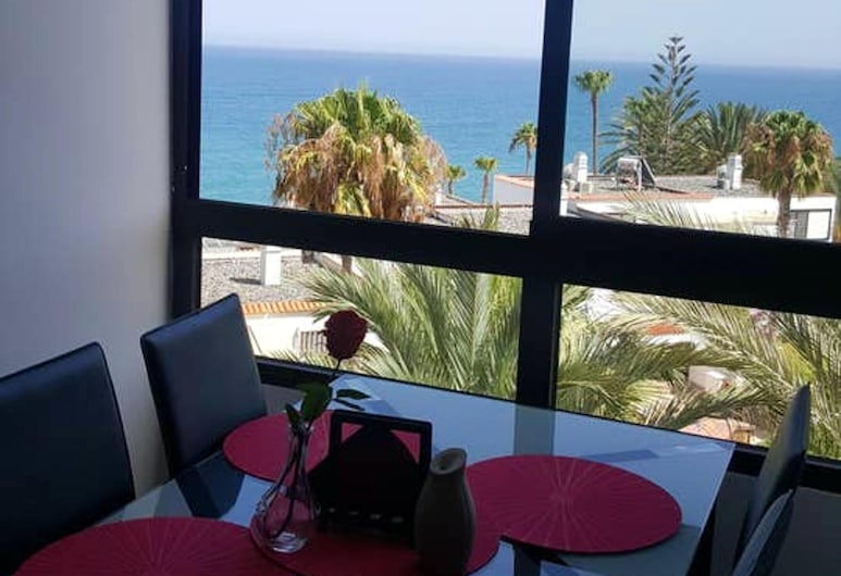 Apartment With 2 Bedrooms in San Bartolomé de Tirajana, With Wonderful sea View, Shared Pool and Wifi - 150 m From the Beach, San Bartolomé de Tirajana, Terrasse/Patio