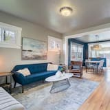 Hus - flera sängar (Superb Washington Park Home - Dog-Fri) - Bild