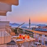 Standard Apartment, Sea View - Balcony