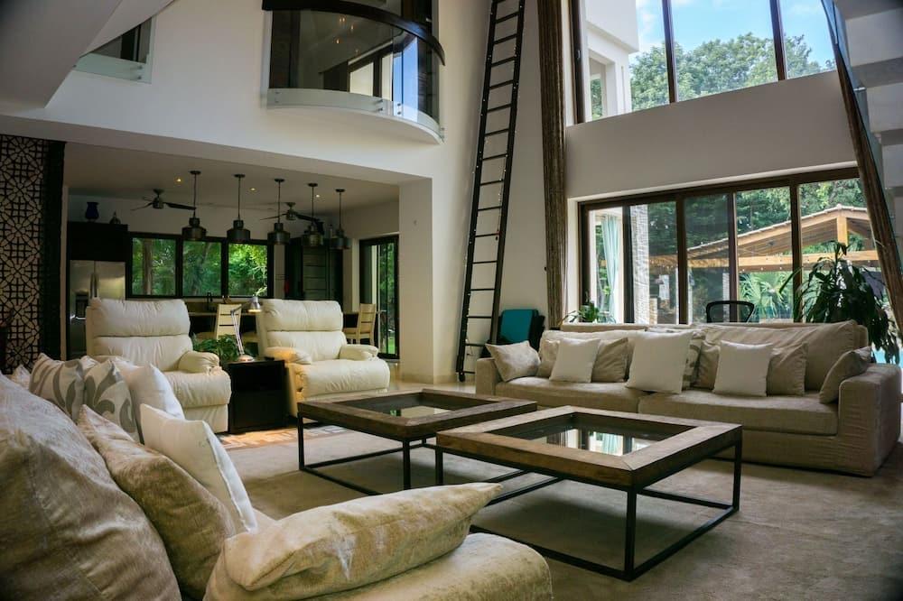 Villa, 5 hálószobával - Nappali
