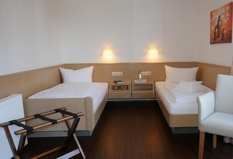 Hotel Garni Alte Post, שאלבאך, חדר קלאסי זוגי, מרפסת, חדר אורחים