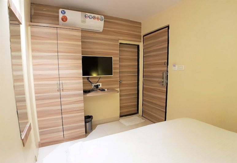 Hexa Wellington, Mumbai, Standard Double Room, Guest Room