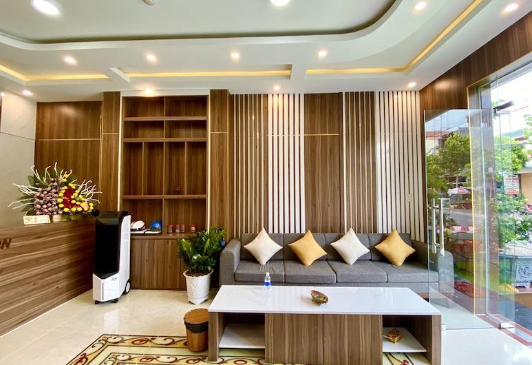 Tuan Ninh Hotel, Con Son, Posezení ve vstupní hale