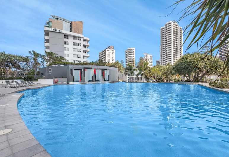 Sleek Q1 Suite in the Heart of Surfers Paradise, Surfers Paradise, Pool