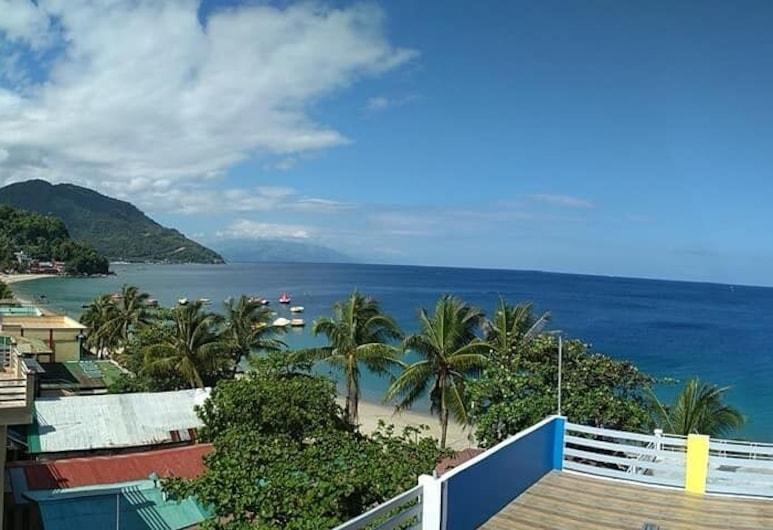 Casa Marco Suites, Puerto Galera, Strand