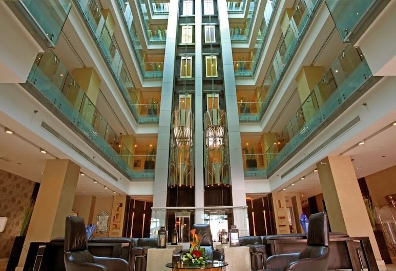 First Royal Hotel Apartment, Dubajus, Registratūra