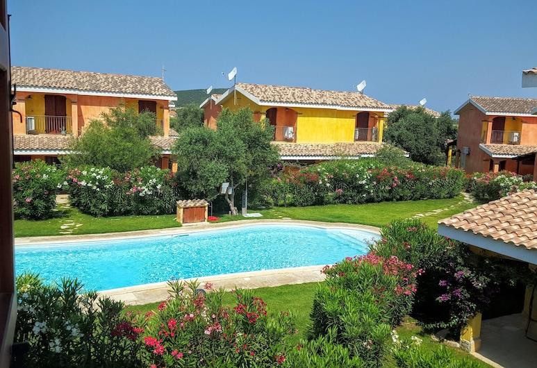 Charming Villa Borgo dei Giunchi Seasonal Pool Portopino, Sant'Anna Arresi