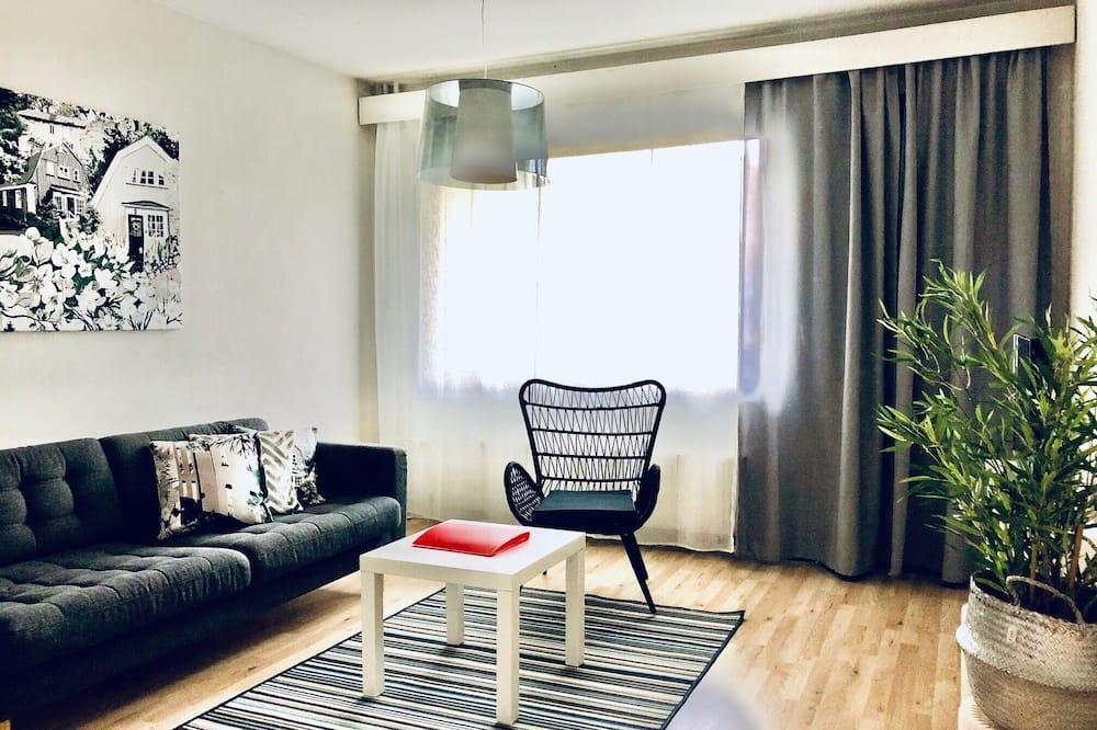 Dzīvokļnumurs, divas guļamistabas (B13) - Dzīvojamā istaba