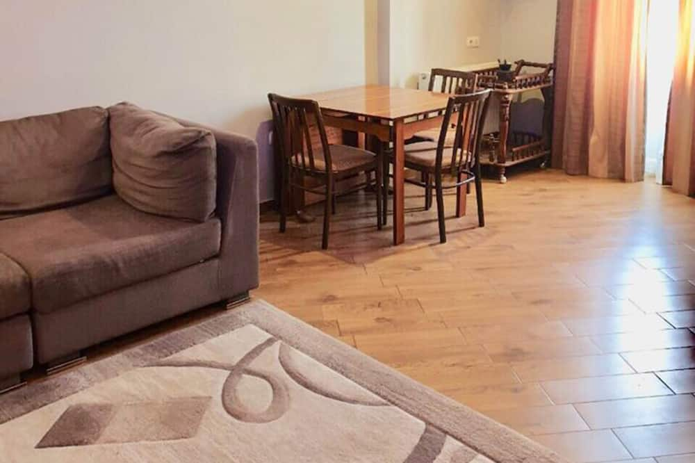 The Apartament is Located 500 Meter From the Central Market