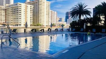 Fotografia do South Ocean Suites em Hallandale Beach