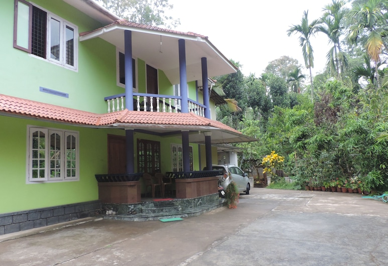 Enjoy The Real Wayanad Village Home Stay Experience, Sulthan Bathery