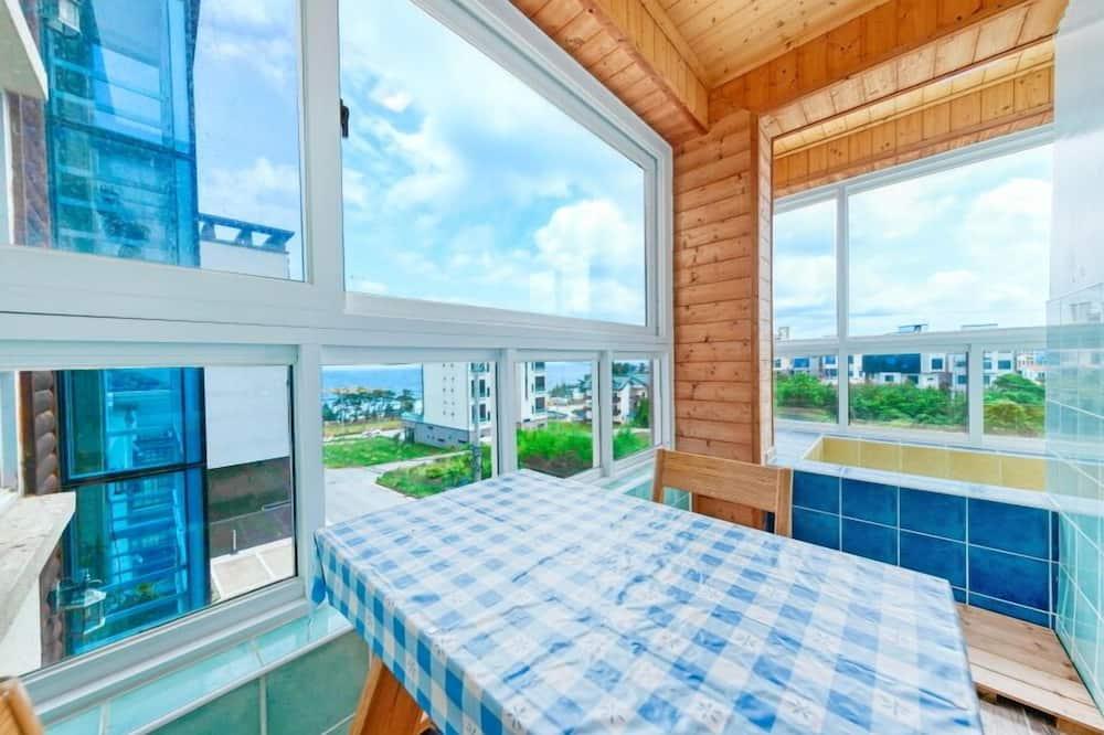 Condo (401) - Balkoni