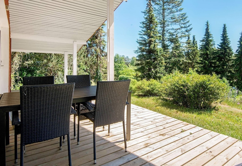 5 Person Holiday Home in Ebeltoft, Ebeltoft, Balkón