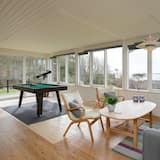 6 Person Holiday Home in Spøttrup