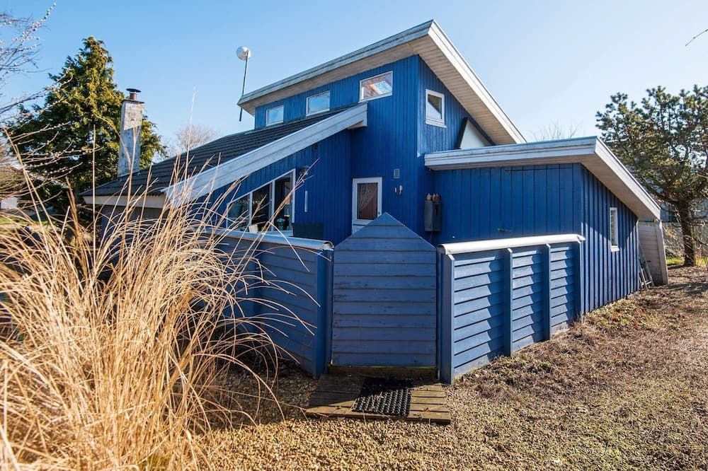 5 Person Holiday Home in Hemmet