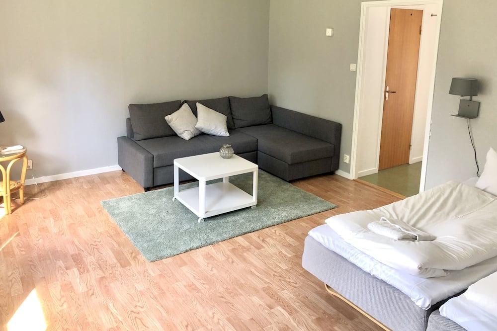 Apartment, 1 Bedroom (51-53) - Living Room