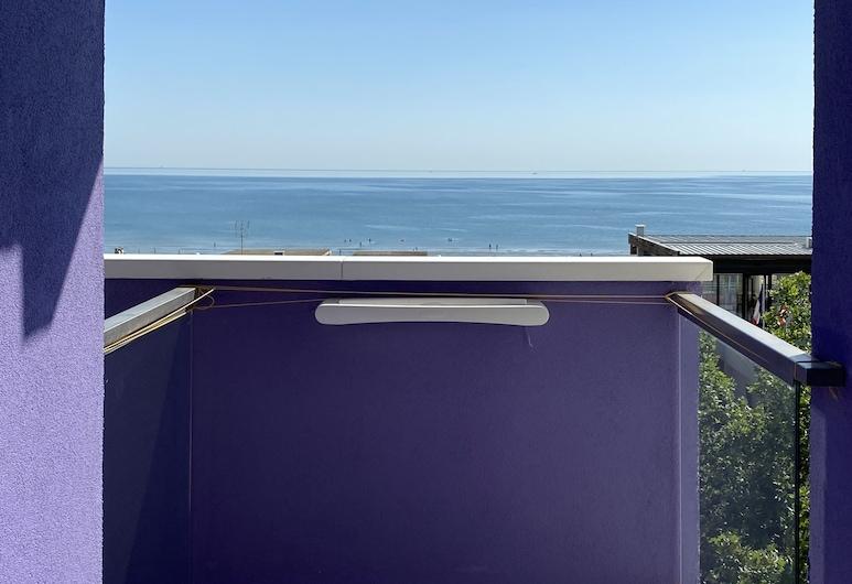 Hotel Rainbow, Rimini, Deluxe háromágyas szoba, Vízre néző szoba