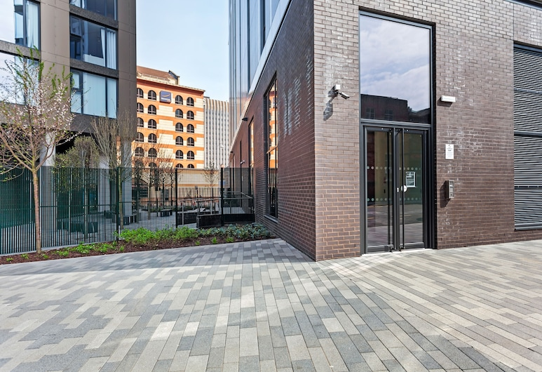 Modern and Stylish 1 Bed Flat in New Building, Birmingham
