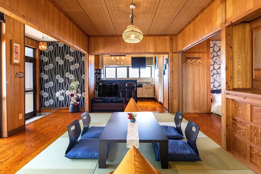 Ferienhaus (Private Vacation Home) - Zimmer