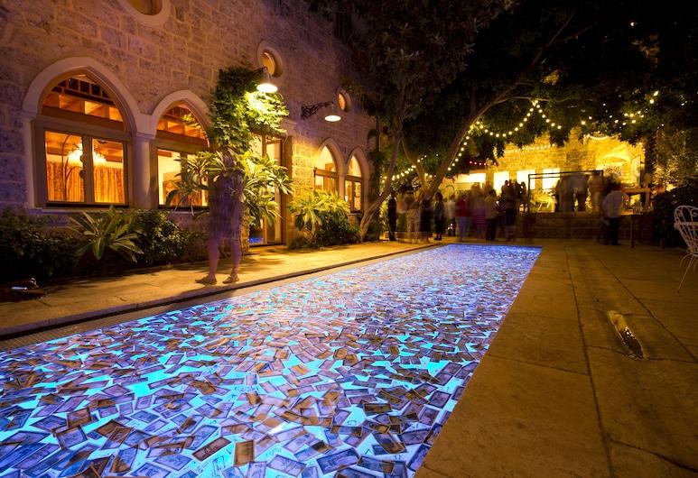 Arthaus Beirut , Beirut, Pool
