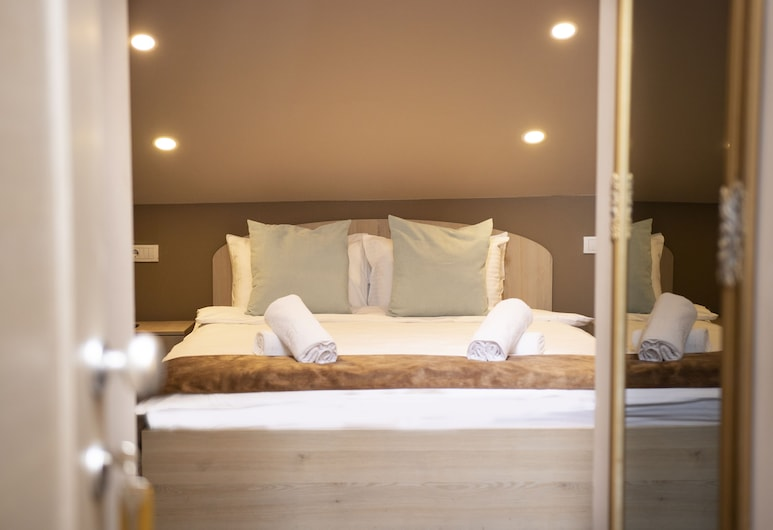 Skadarlija Suites, بيلغراد, غرفة مزدوجة كلاسيكية, غرفة نزلاء