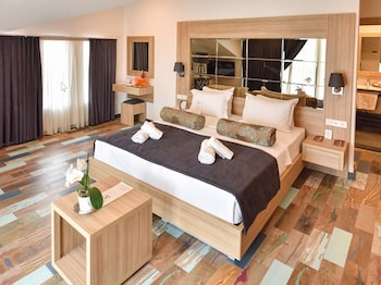 Foto Alesta Midtown Apart Hotel di Fethiye
