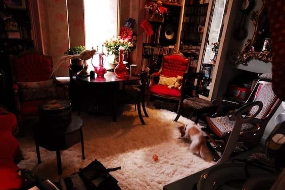 Apart Daire, 1 Büyük (Queen) Boy Yatak - Oturma Odası