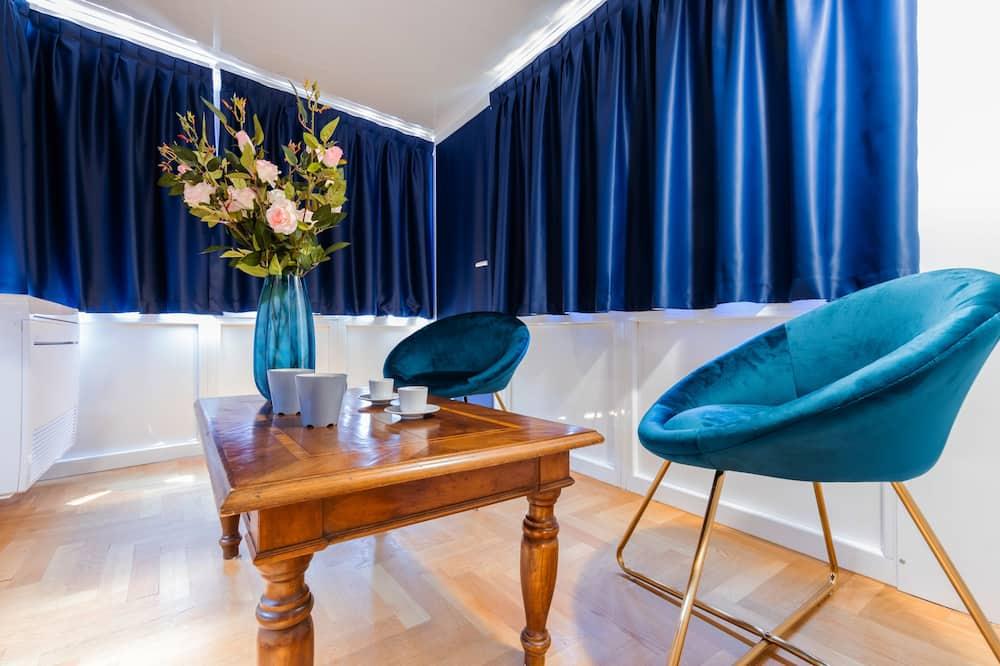 豪華雙人房 (via Durini 26) - 客廳