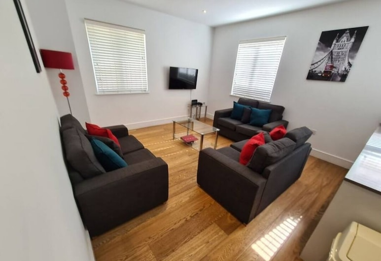 London Hammersmith Apartment, London, Apartment, Living Room