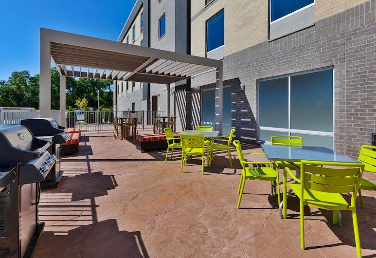 Home2 Suites by Hilton Saginaw, MI, Saginaw, Αίθριο/βεράντα