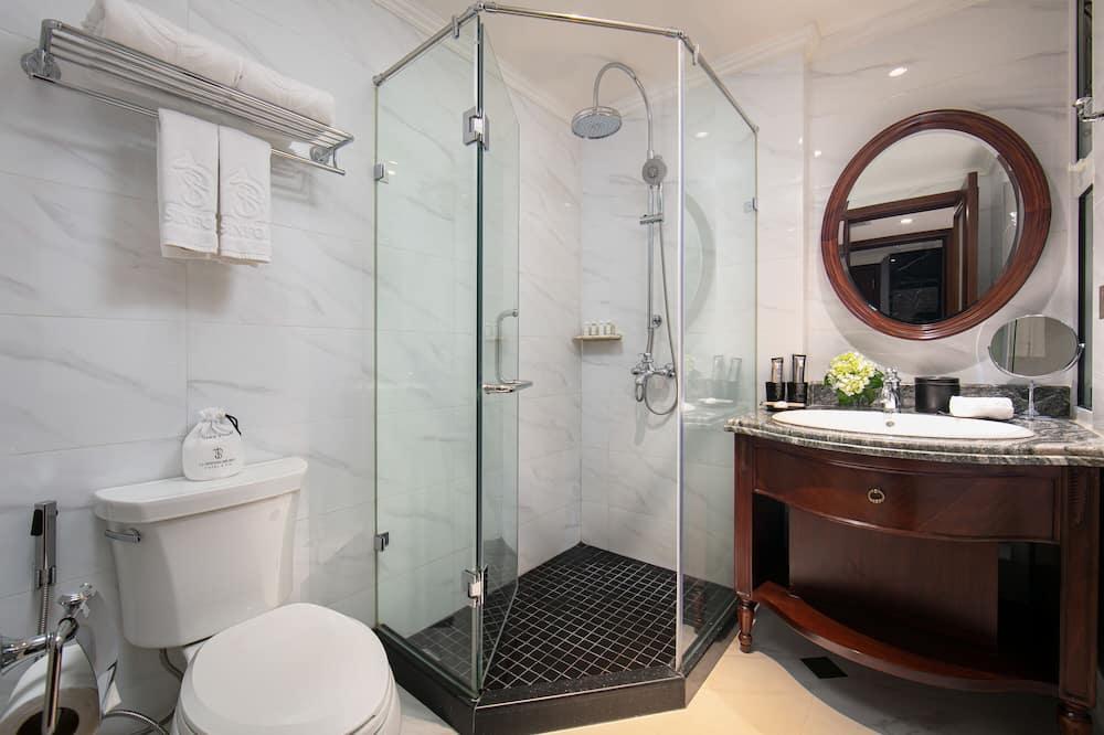 Executive Tek Büyük veya İki Ayrı Yataklı Oda - Banyo