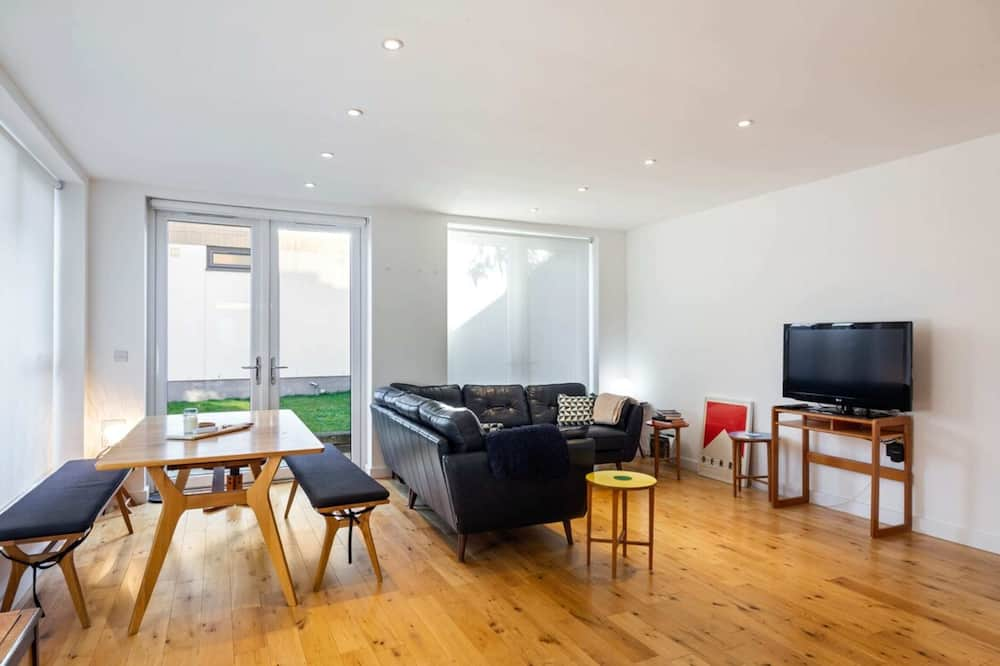 House (2 Bedrooms) - Living Room