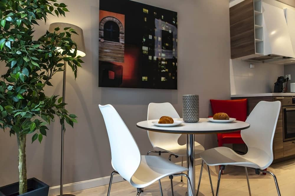 Apartment, 1 Bedroom (For 2) - In-Room Dining