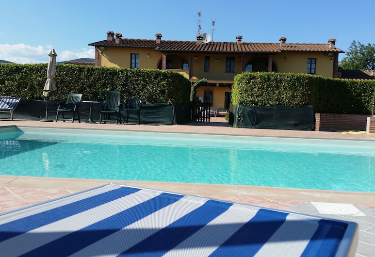 Papavero Apartment, up to 2 People, Cascina, Pool