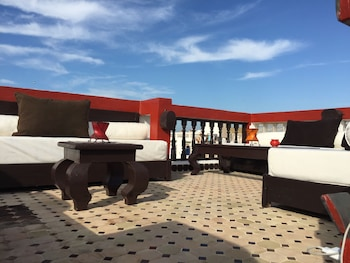 Introduce sus fechas y vea precios de hoteles última hora en Esauira