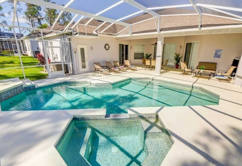 5 Star Surprise! No Rear Neighbors In Pool Area! 5 Bedroom Home, Davenport, House, 5 Bedrooms