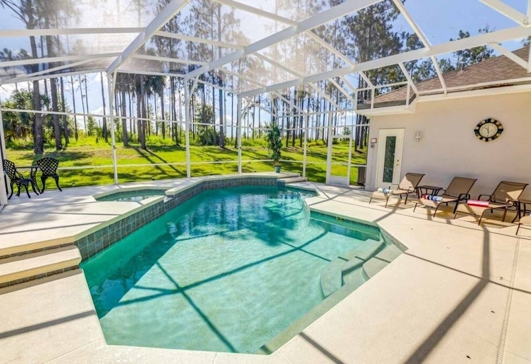 5 Star Surprise! No Rear Neighbors In Pool Area! 5 Bedroom Home, Davenport, Hus, 5 soverom, Rom
