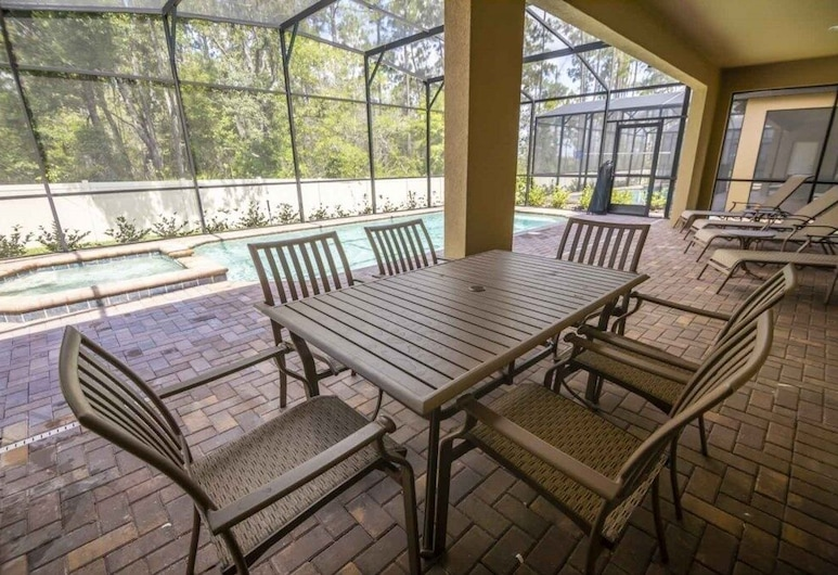 Movie Projector Room/pool Spa & Game Room! 8 Bedroom Home, Kissimmee, Ferienhaus, Mehrere Schlafzimmer, Balkon