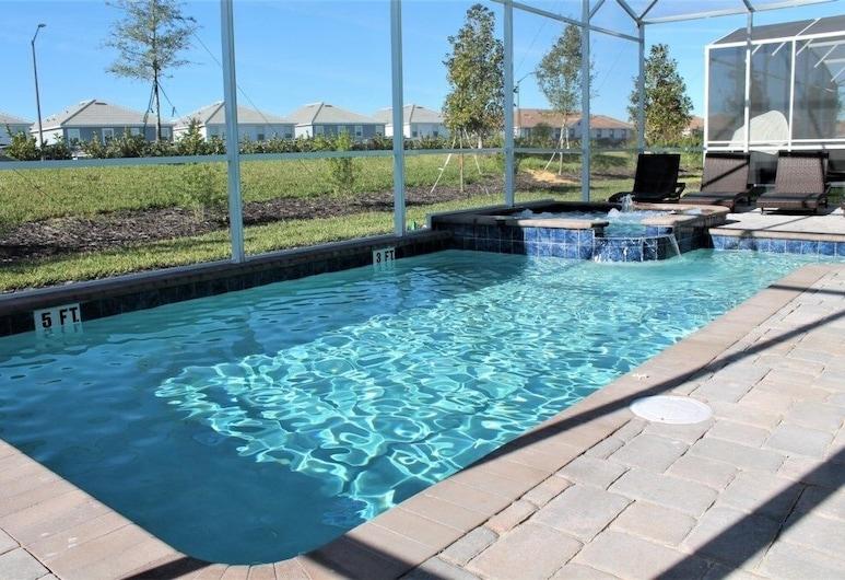 New With Movie Theater Room Private Pool/spa! 8 Bedroom Home, Davenport, Ev, Birden Çok Yatak Odası