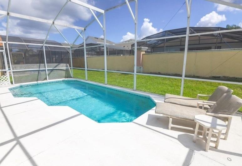 Marlin's Manor With South Facing Pool! All Day Sun 4 Bedroom Home, คิสซิมมี, บ้านพัก, 4 ห้องนอน