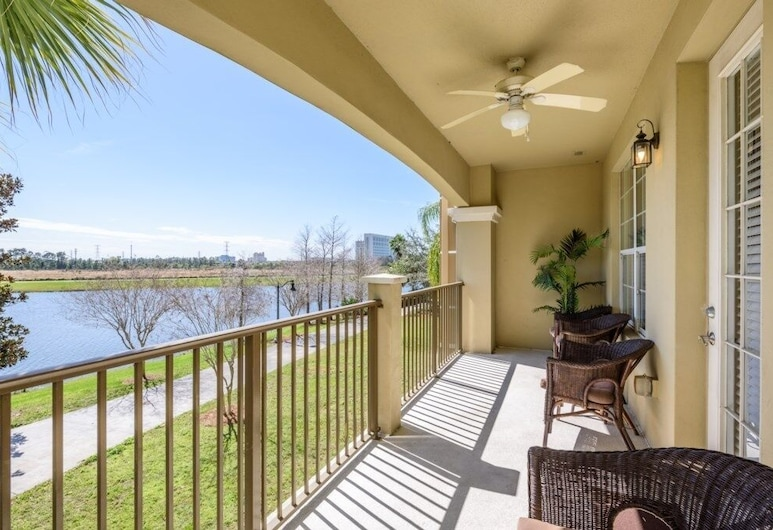 Gorgeous 3 Bed Premium Lakeview [cdc Clean] L 1010 3 Bedroom Condo, Orlando