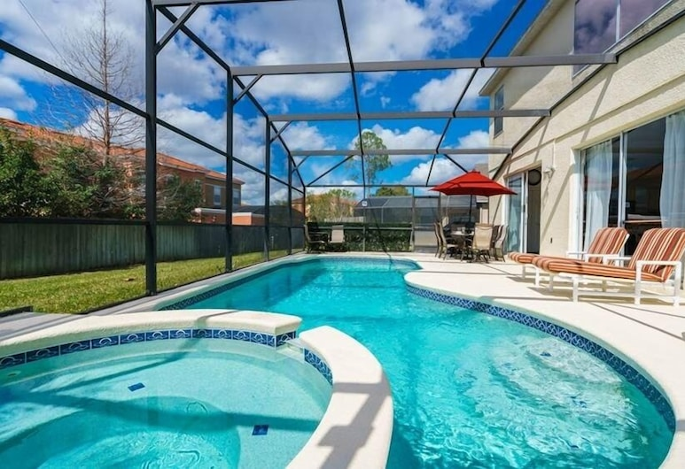 86325 7 Bedroom Pool , Lake Berkley Resort Home, Kissimmee