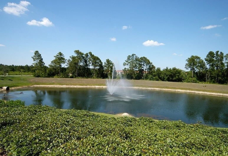 8517 3/2 Resort Townhome Near Disney 3 Bedroom Townhouse, Kissimmee