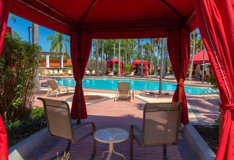 Luxury Solana Resort Pool 4 Bedroom Home, 达文波特, 独立别墅, 4 间卧室, 游泳池
