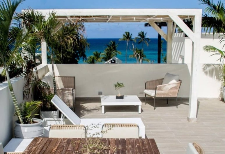 Luxurious Pent House Steps From The Beach F4 Los Corales Playa Bavaro, Punta Cana