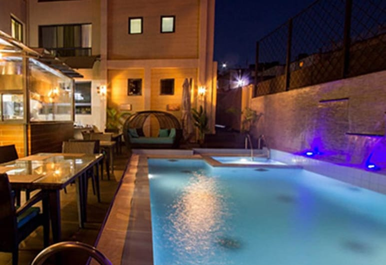 Relax and Enjoy the Great Amenities Offered at the Landmark Suites, Nairobi, Pool