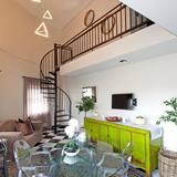 Апартаменты «люкс», 2 спальни - Зона гостиной