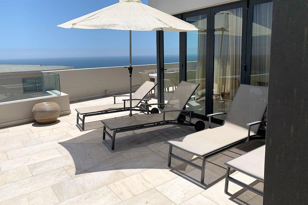 Exclusive Apartment, 2 Bedrooms - Terrace/Patio